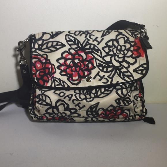 Coach Handbags - Coach flower graffiti large messenger crossbody